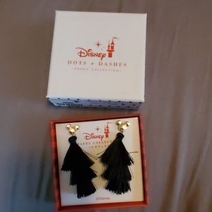 NWT Disney earrings